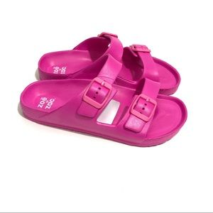 ZOE & ZAC Girl's Size 13 Pink Footbed Sandals NWT